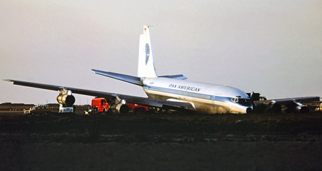 Pan American World Airways - Boeing - B707-321B (N-892PA) flight PA812
