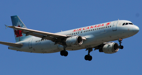 Air Canada flight AC433 - Airbus A320-211 (C-FTJO)