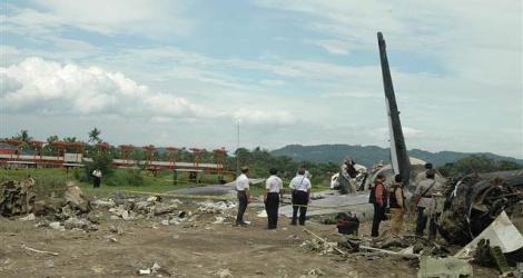 GARUDA INDONESIA - BOEING B737-497 (PK-GZC) flight GA200