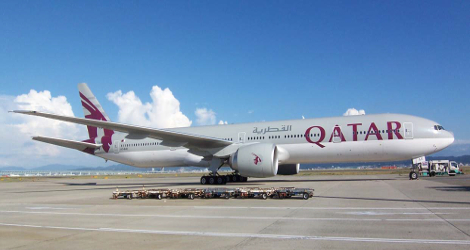 QATAR AIRWAYS - BOEING B777-300 (A7BAE) flight QR803