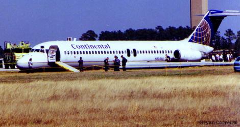 Continental Airlines - Mcdonnel Douglas - DC9-32 (N-10556) flight CO1943
